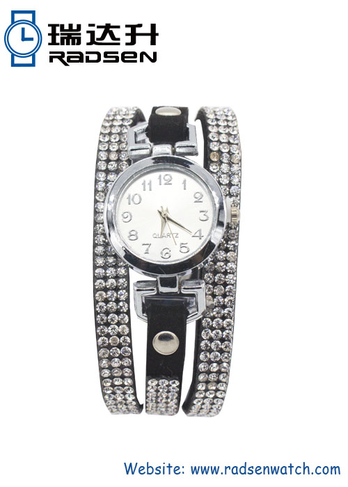 Iced Out Watches Floating Crystal Rhinestone Bracelets Watches for Women