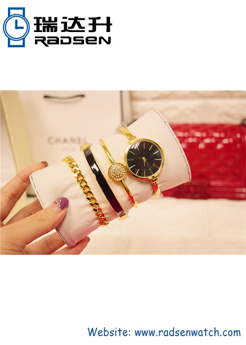 Jewelry Bracelet Set Bangle Women Watches with Charms for Ladies